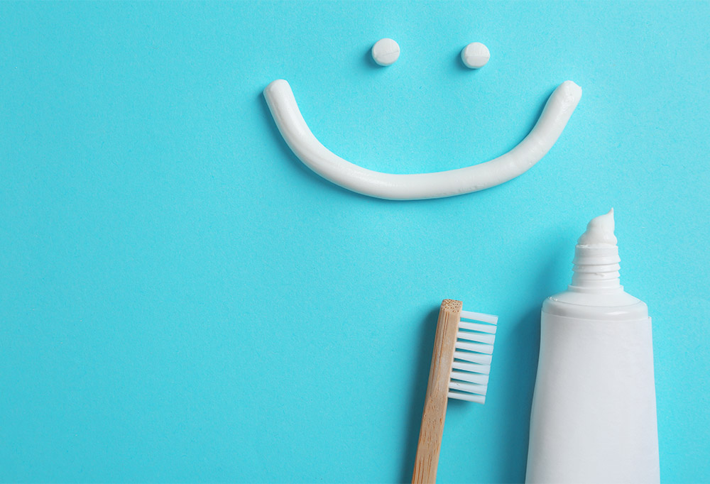 oothtoothpaste-toothbrush-oral-health
